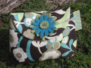 Flowery teal soft linen purse